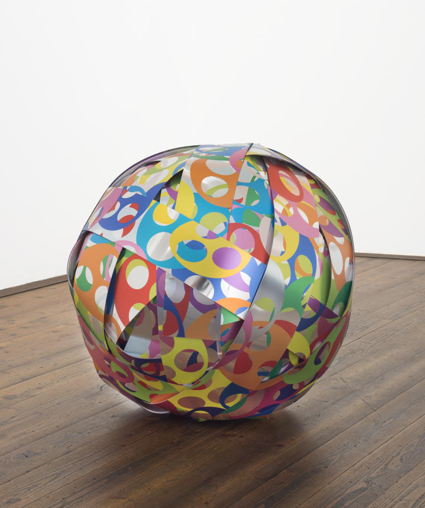 Soonja Han, Energy Ball, 2017, galleria Il Ponte, Firenze