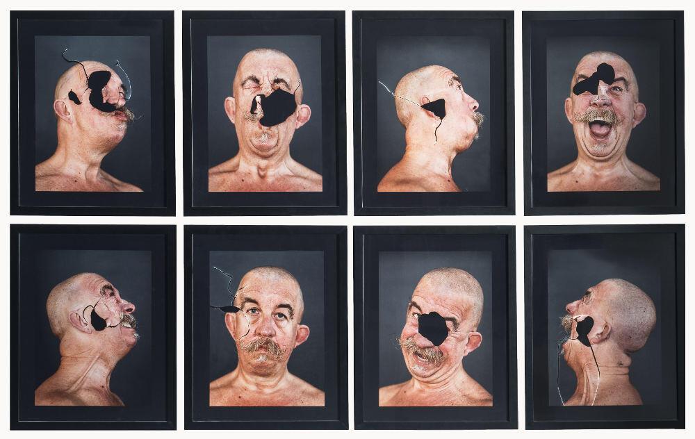 Davide Mosconi, Autoritratto bucato, 2000, galleria Il Ponte, Firenze