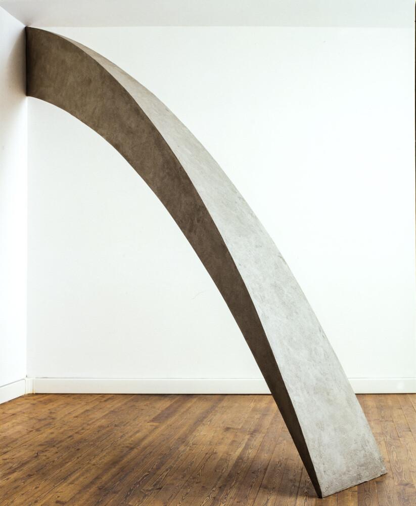 Mauro Staccioli, Uguale e contrario, galleria Il Ponte, Firenze_1