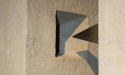 Mauro Staccioli, cemento, galleria Il Ponte, Firenze