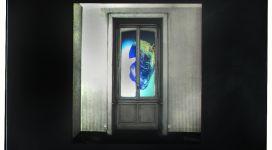 Il sogno di Davide (mano con cuore di bue), 1968, Light box (b/w photograph and color diapositive in a wooden box, neon, glass, metal), 60,50 x60x16 cm